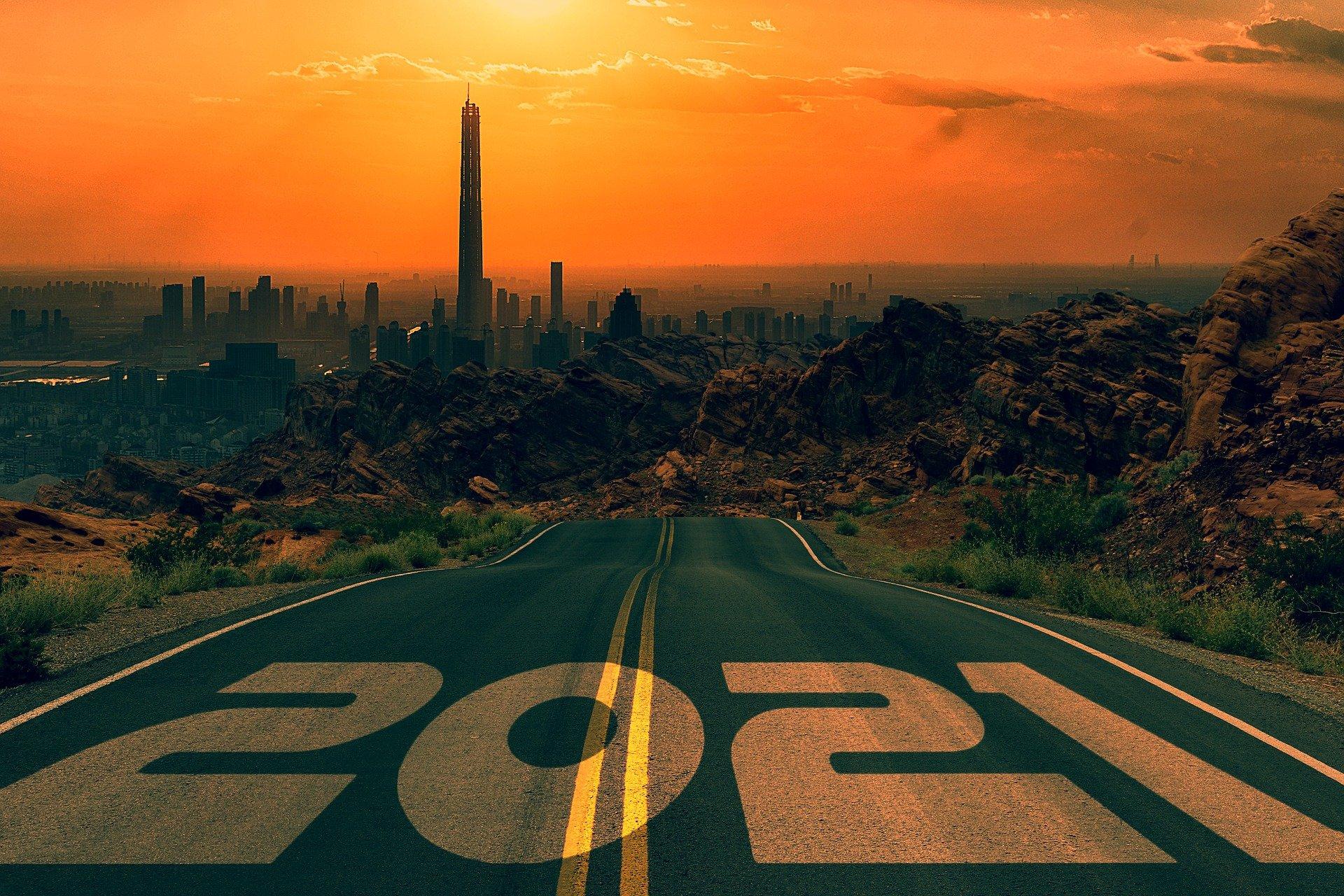road-5799603_1920